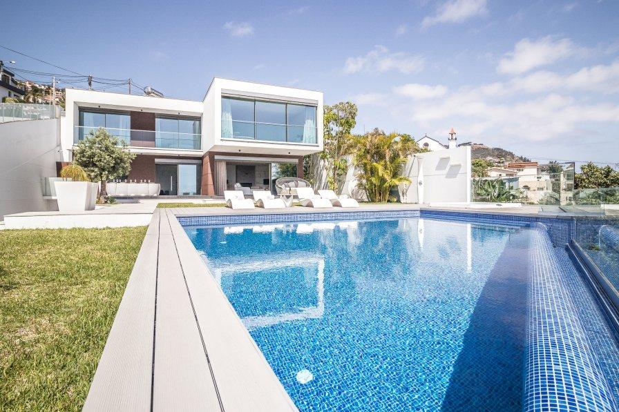 Villa Bela 6 Pax - New!