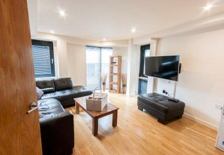Apartment in Grange, London