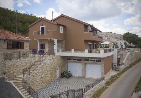 Villa in Biokovsko Selo, Croatia
