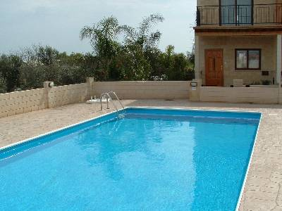 House in Cyprus, Liopetri: Communal swimming pool