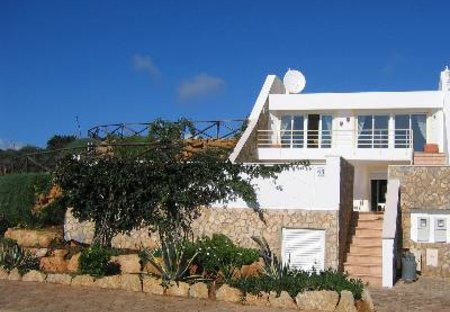 Villa in Praia da Luz, Algarve: Main view of villa