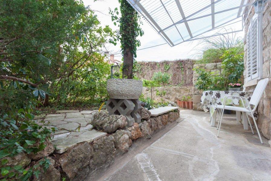 Hedera Estate, Hedera Studio 4