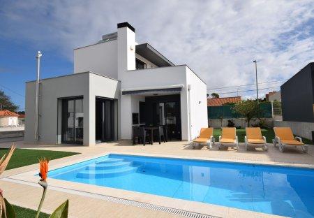 Villa in Foz do Arelho, Portugal