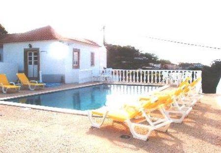 Villa in Penedo, Lisbon Metropolitan Area: Swimming Pool and Atlantic View