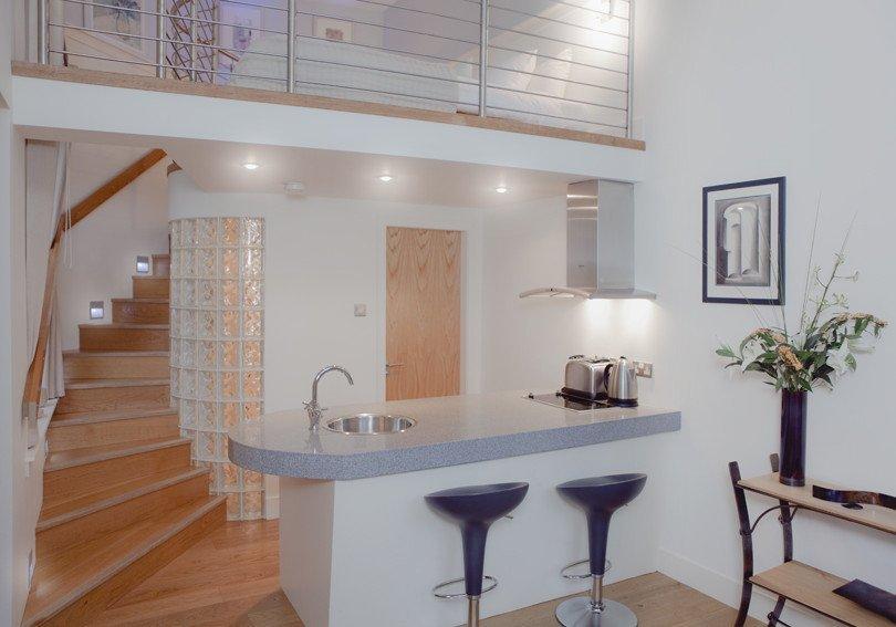 Studio apartment in United Kingdom, Dean