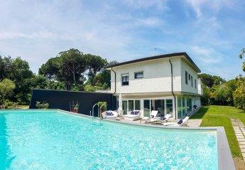 8 bedroom Villa for rent in Massa