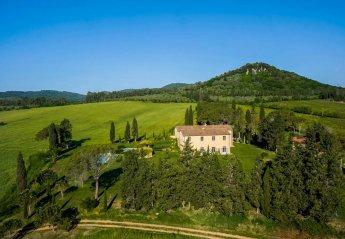 9 bedroom Villa for rent in Gavorrano