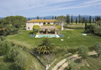 7 bedroom Villa for rent in Gavorrano