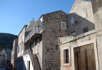 2 bedroom Apartment for rent in Island of Vis