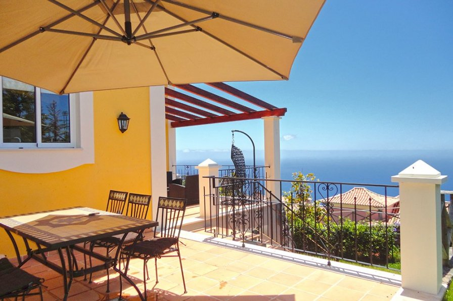 Designed Villa - by Holiday Rental Madeira