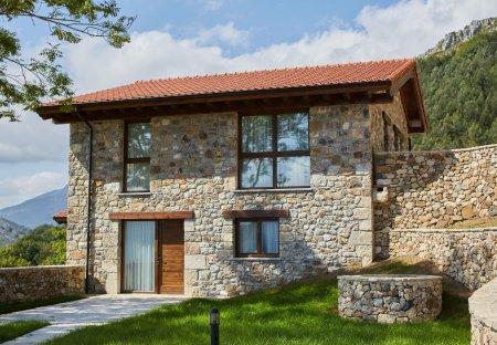 Villa in Parres, Spain