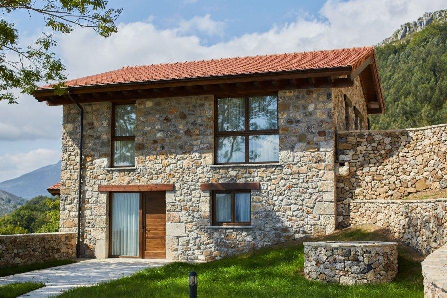 Villa in Spain, Parres