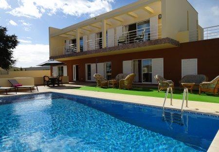 Villa in Roja Pé, Algarve