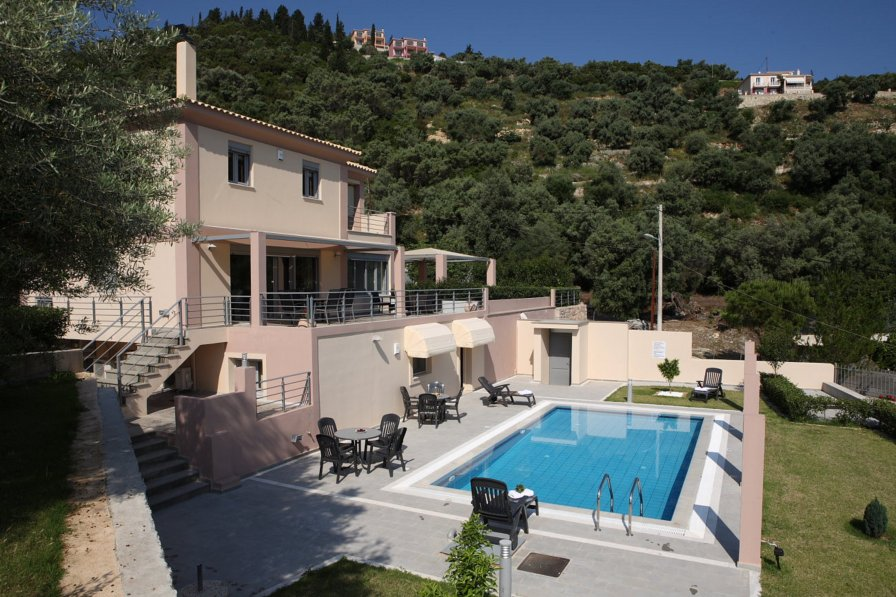 Villa in Greece, Ligia