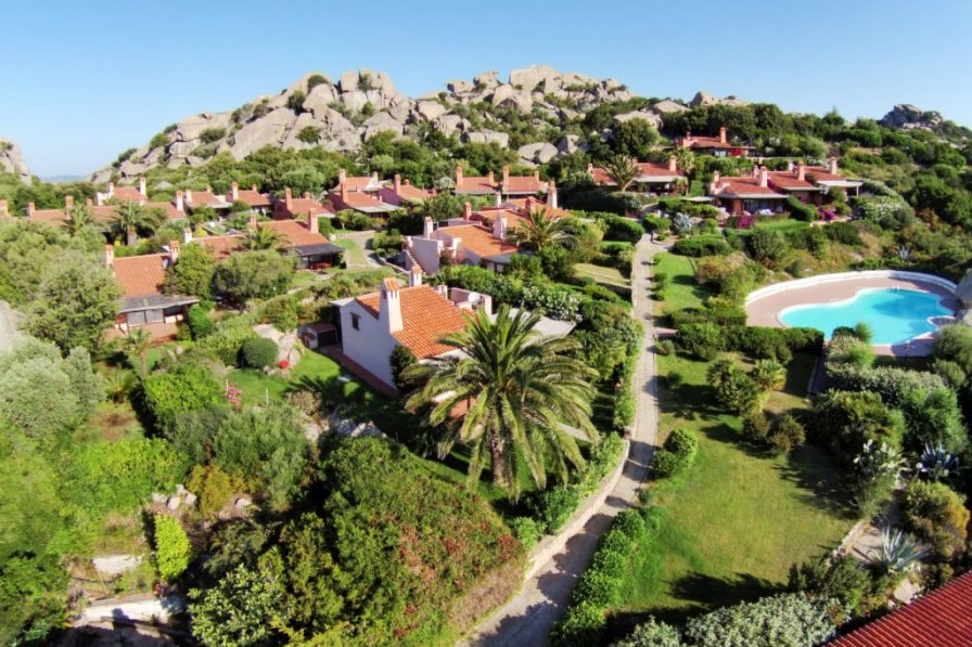 Villa in Italy, Punta Sardegna: DCIM\100MEDIA