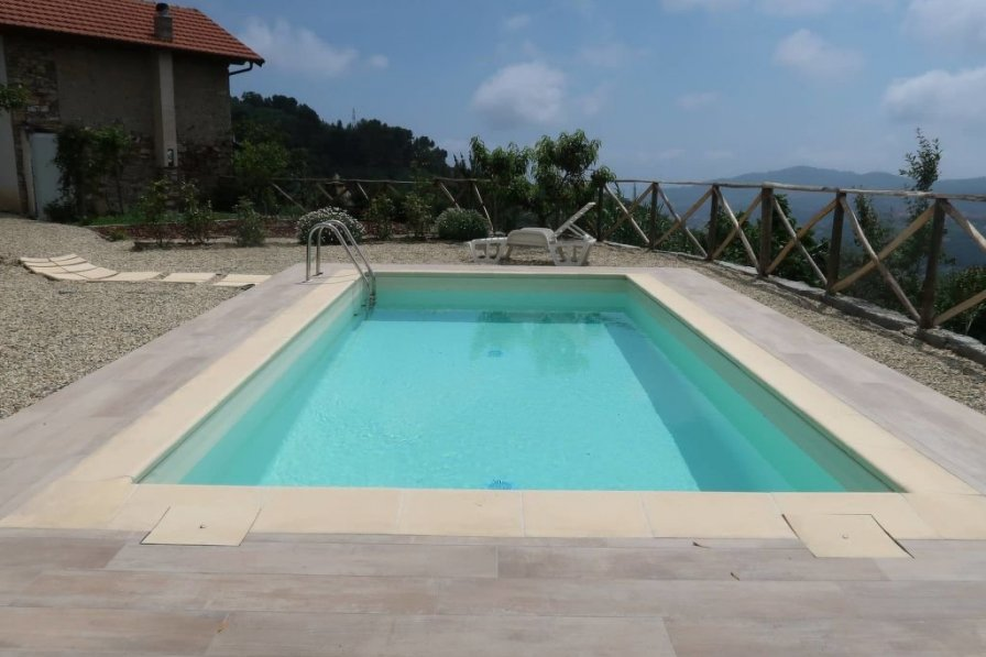 Villa in Italy, Diano San Pietro