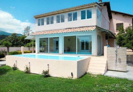 Villa in Santa-Lucia-di-Moriani, Corsica