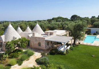 7 bedroom Villa for rent in Ostuni