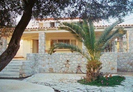 Villa in Porto Heli, Greece
