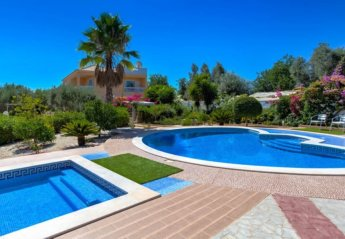 4 bedroom Villa for rent in Silves