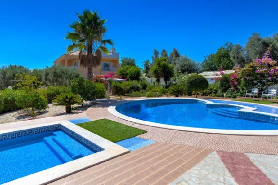 Villa in Portugal, Silves