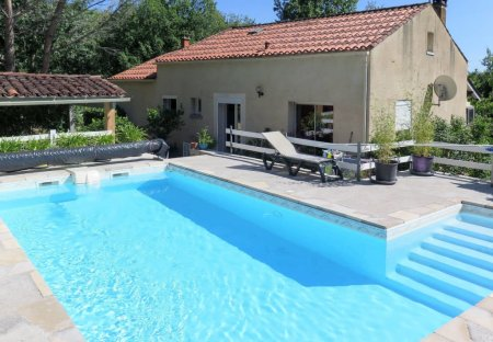 Villa in Lamagdelaine, the South of France