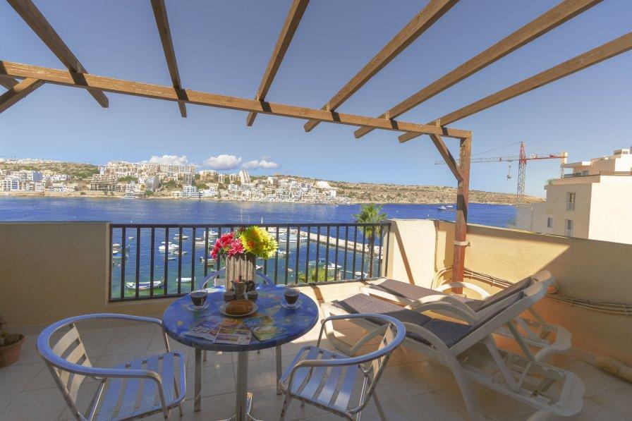 Penthouse apartment in Malta, Bugibba