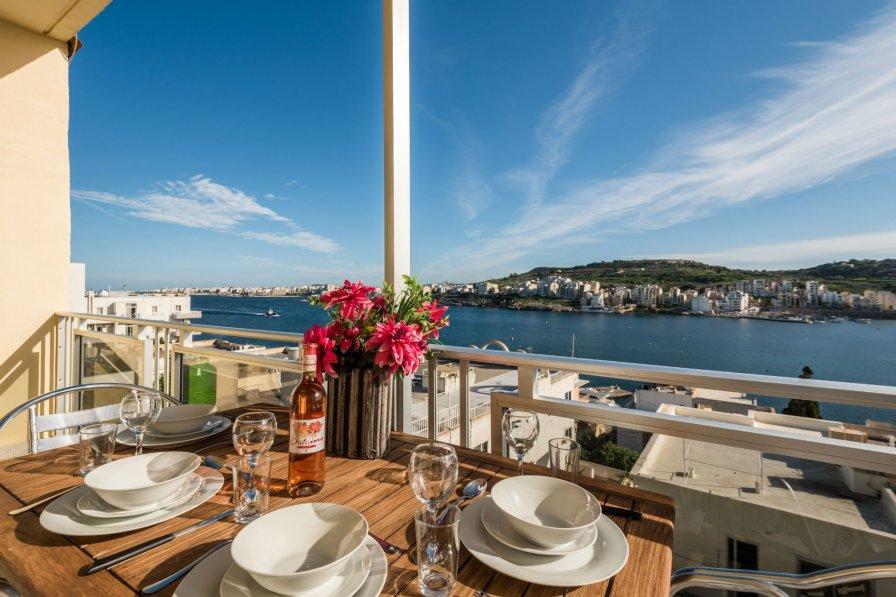 Apartment in Malta, Xemxija