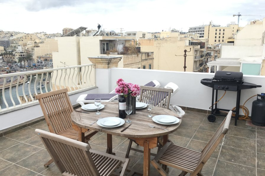 Penthouse apartment in Malta, St Julian's