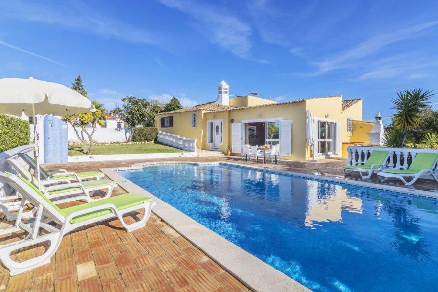 Villa in Portugal, Armaçăo de Pęra