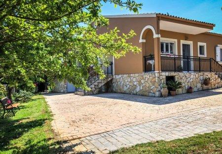 Villa in Kritika, Corfu