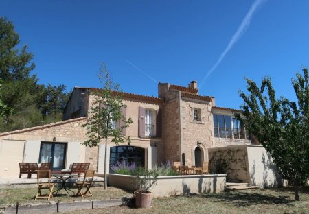 Apartment in Paradou, the South of France