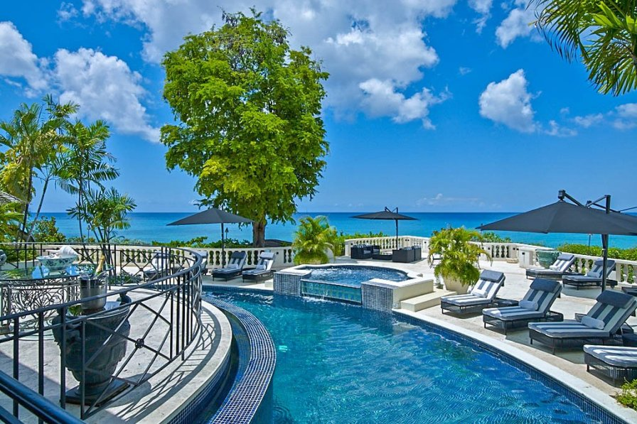 Chateau in Barbados, Holetown