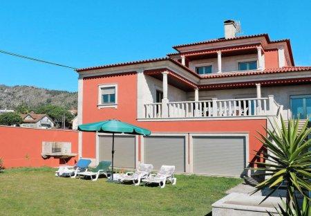 Villa in Lugar de Cima, Portugal