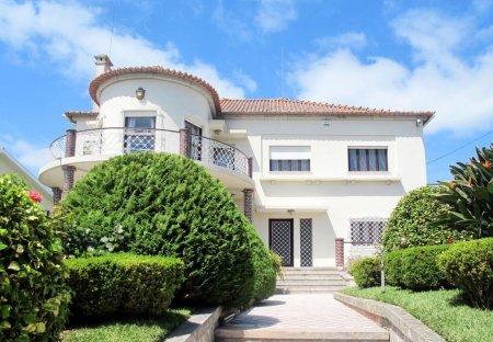 Villa in Meadela, Portugal