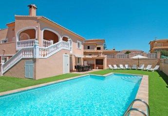 8 bedroom Villa for rent in Calpe