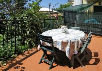 2 bedroom Villa for rent in Moneglia