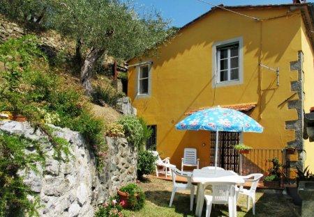 Villa in Matraia, Italy