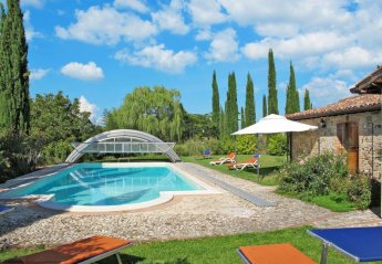 5 bedroom Villa for rent in San Venanzo
