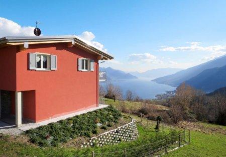 Villa in Peglio, Italy