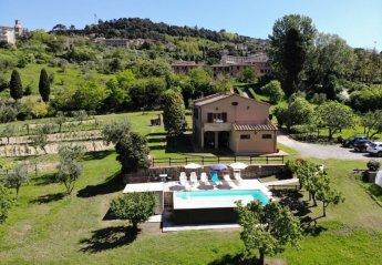 5 bedroom Villa for rent in Volterra