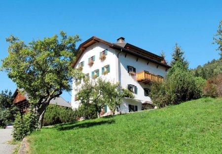 Apartment in Ortisei, Italy