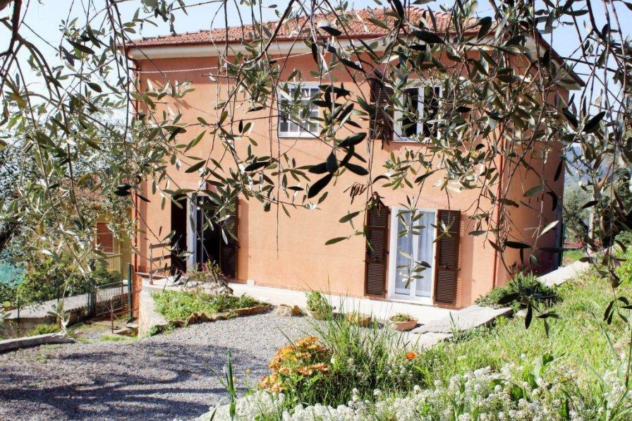 Villa in Italy, Civezza