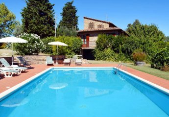 6 bedroom Villa for rent in Gambassi Terme