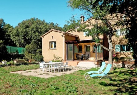 House in Ampus, the South of France