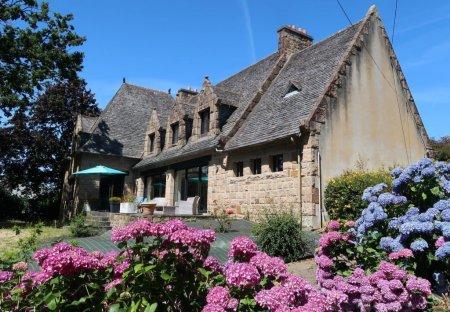 Villa in Morlaix, France