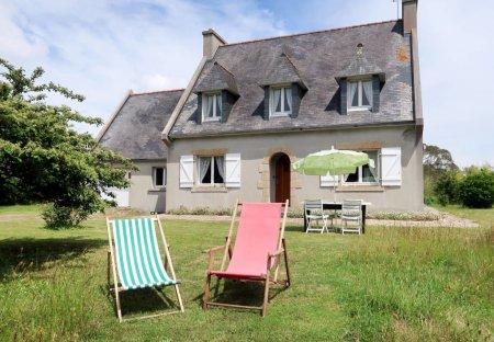 Villa in Plomeur, France