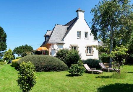 House in Trébeurden, France