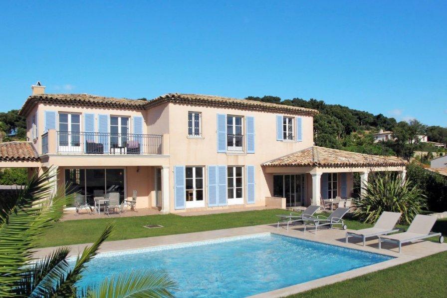 Ferienhaus mit Pool (GRI170)