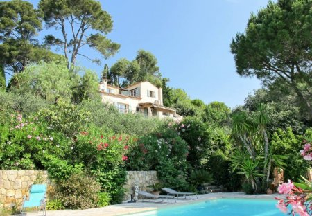House in Saint-Francois (Grasse), the South of France